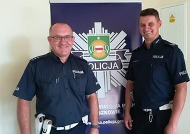 Wyszków. Policjanci pomogli choremu na epilepsję. Starszy aspirant Marek Cackowski i sierżant sztabowy Piotr Pet.