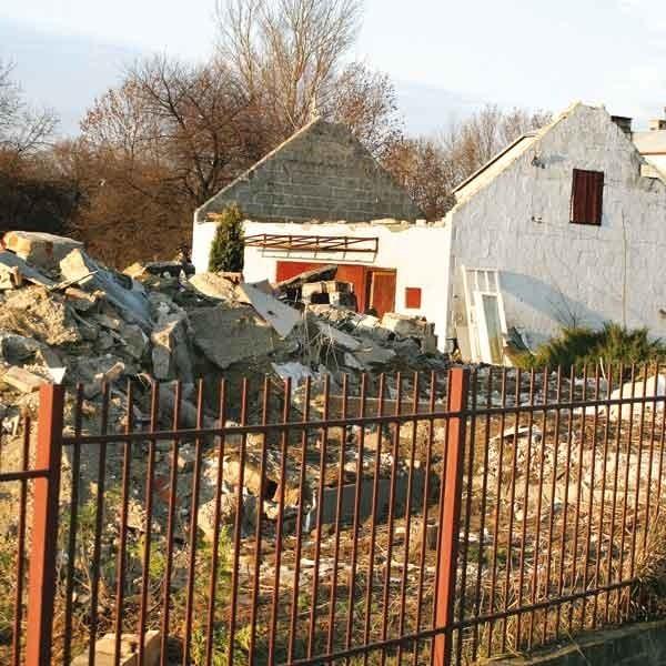 Późną jesienią br. w Nowej Wsi w gm. Trzebownisko wyburzono budynki w pasie autostrady A4. Czy w przyszłym roku roboty staną?