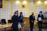 Prezydent Suwałk przyznał stypendia uzdolnionym artystycznie dzieciom. Zobacz kto otrzymał wsparcie