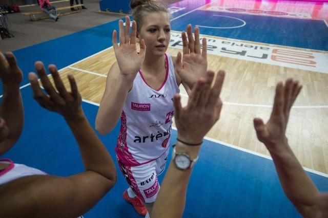 Od środy do niedzieli w bydgoskiej Artego Arenie odbywać się będzie turniej finałowy mistrzostw Polski juniorek starszych w koszykówce.