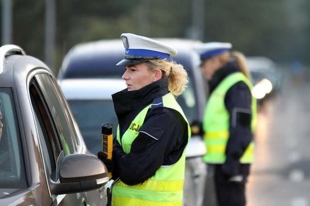 Mimo apeli policji, podczas długiego weekendu zatrzymano wielu nietrzeźwych kierujących. W tym roku było ich 63.