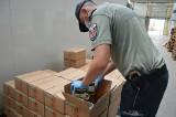 Budzisko. Funkcjonariusze podlaskiej KAS udaremnili przemyt 16 ton tytoniu do fajek wodnych [ZDJĘCIA]