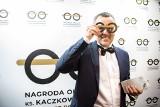 Dr Paweł Grabowski doceniony. Lekarz z wielkiego miasta założył na Podlasiu hospicjum i pomaga nieuleczalnie chorym