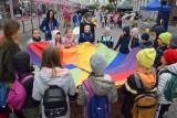 Świętowanie dnia bez samochodu w Kielcach. Zamknęli jedną ulicę, mnóstwo dzieci przyszło na festyn [ZDJĘCIA, WIDEO]