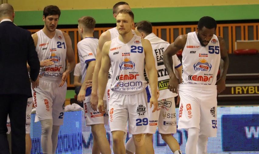 Koszykarze Hydrotrucku Radom na koniec sezon zagrali z Arką Gdynia (ZDJĘCIA)