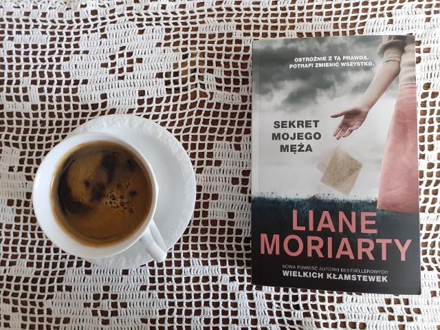 """Liane Moriarty, """"Sekret mojego męża"""", Wydawnictwo Znak Literanova, Kraków 2021, stron 493, przekład: Anna Kłosiewicz"""