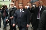 Prezydent Komorowski przyjechał na piwo do Oławy. Wybrał pszeniczne (ZDJĘCIA)