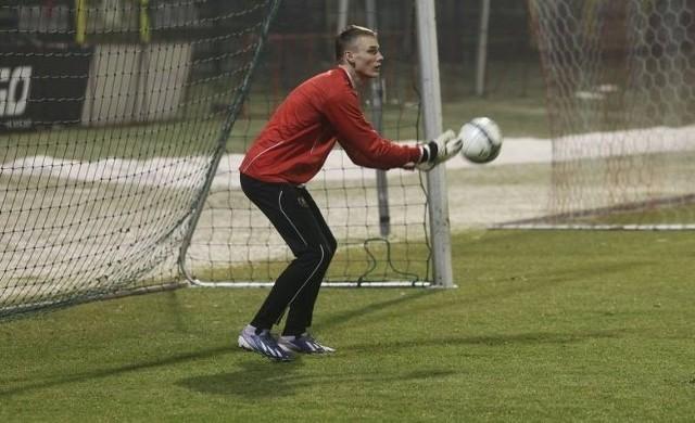 Aleksej Berezin wreszcie został piłkarzem Widzewa.