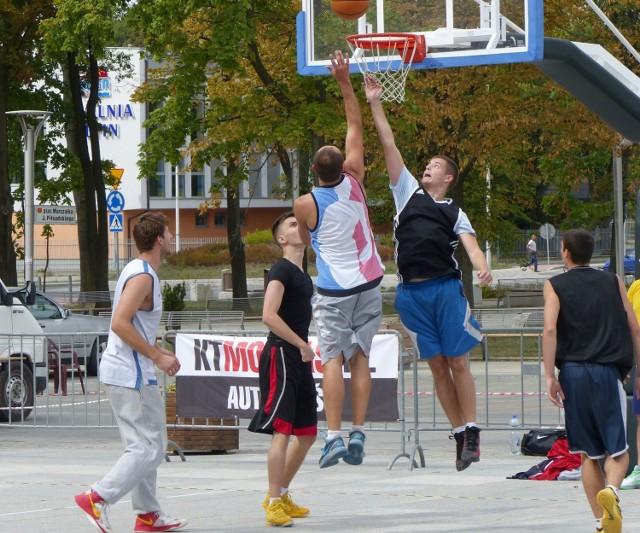 Turniej Kielce Streetball Challenge organizowany w Kielcach co roku cieszy się dużym zainteresowaniem.