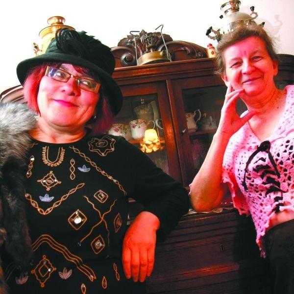 Helena Miszkin (z lewej) angielski kapelusz kupiła specjalnie na film, okazyjnie w szmateksie, a Helena Nicewicz zagrała w różowej dzierganej bluzce, pamiętającej wczesne lata 80.