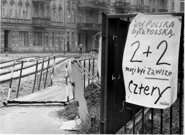 Wrocław 04-06-1989. Uliczny plakat wyborczy fot. tadeusz szwed