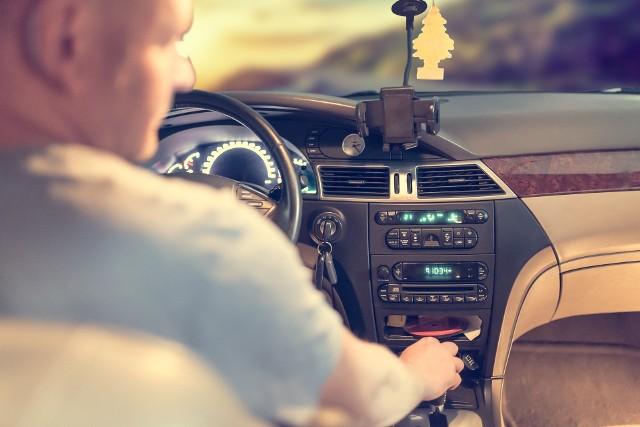 Przestępcy zamieszczają na portalu BlaBlaCar fałszywe ogłoszenia wspólnych przejazdów na popularnych trasach.