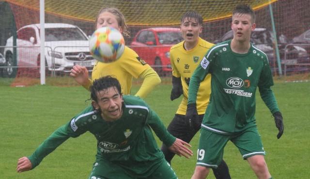 Piłkarze TS Przylep wywalczyli pierwszy w historii klubu punkt w Centralnej Lidze Juniorów U15. W niedzielę (2 maja) na własnym boisku zremisowali 1:1 z Gieksą Katowice