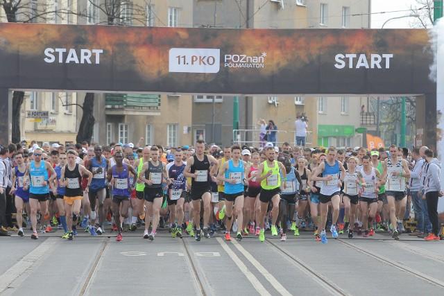 Biegacze w tym roku pobiegną w poznańskim półmaratonie śladem jego ubiegłorocznych uczestników