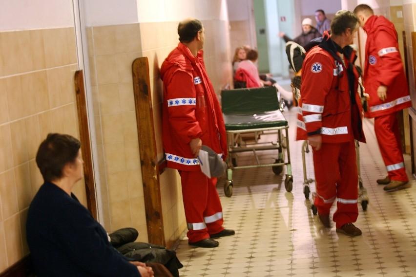 Szpital twierdzi, że kobiecie natychmiast udzielono pomocy....