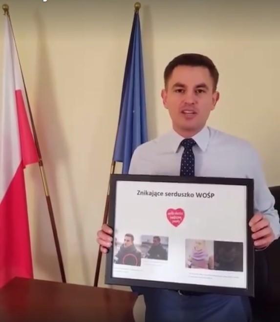 """Poseł przekaże oprawione """"Znikające serduszko WOŚP"""" na przyszłoroczny, 26. finał"""