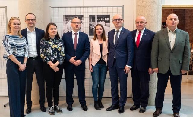 W kampusie Uniwersytetu w Białymstoku przedstawiciele różnych środowisk namawiali Podlasian, by 26 maja wzieli udział w wyborach do Parlamentu Europejskiego