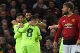 """Liga Mistrzów. """"Władcy teatru"""". """"Cristiano i Messi – kierunek na finał"""" """"Pique przypomina o PSG"""" - media o zwycięstwie Barcelony [WIDEO]"""