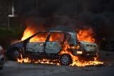 Pożar w Rybniku. Spłonął samochód, poparzone dziecko w szpitalu ZDJĘCIA