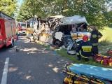 Śmiertelny wypadek w Mierzynie w lipcu 2020 r. Zarzut nieumyślnego sprowadzenia katastrofy w ruchu lądowym dla 20-letniego kierowcy