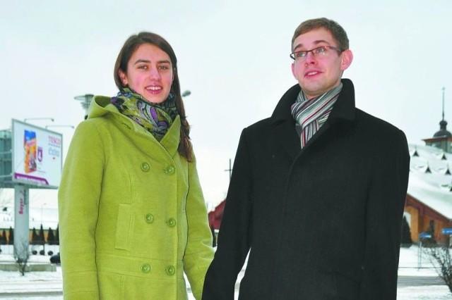 – Dobrze, że zachęca się do powiększania rodzin, ale to nie wystarczy – mówią suwalczanie Marta i Bartosz Haraburdowie. – Najpierw potrzebna jest praca.
