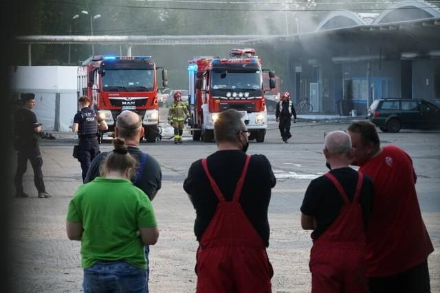 Do pożaru w firmie Bros doszło we wtorek 8 czerwca - spłonął dach i jedno z urządzeń.