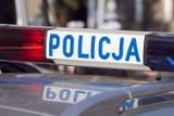 Wypadek w Łowęcinie pod Swarzędzem. BMW wypadło z drogi. Trzy osoby zostały ranne