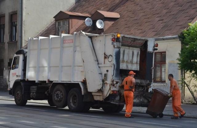Na razie odbiór odpadów w domach jednorodzinnych będzie w te same dni, co dotychczas.
