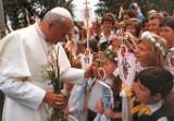 15. Rocznica śmierci Jana Pawła II. Jakim go pamiętamy? [ZOBACZ ZDJĘCIA]
