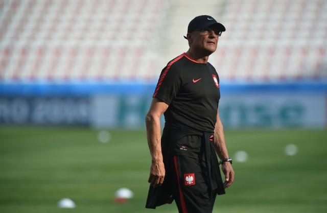 Adam Nawałka przed meczem z Niemcami musi poradzić sobie z dwoma problemami.