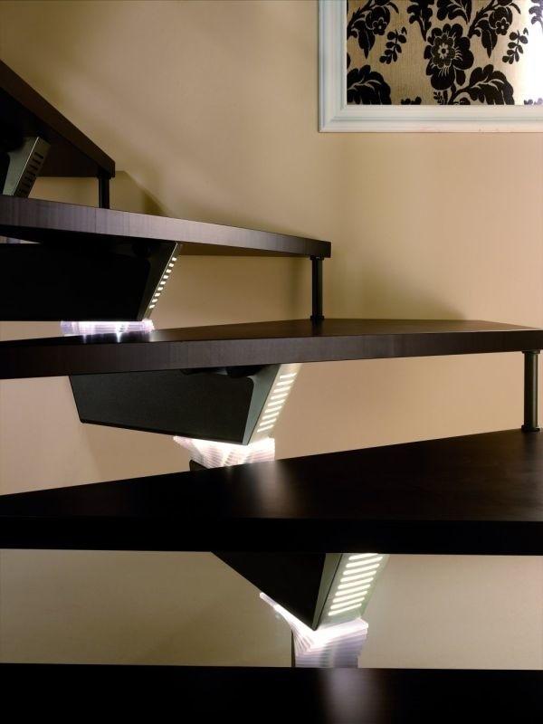 Schody Knock Design z opcją oświetleniaSchody z opcją oświetlenia