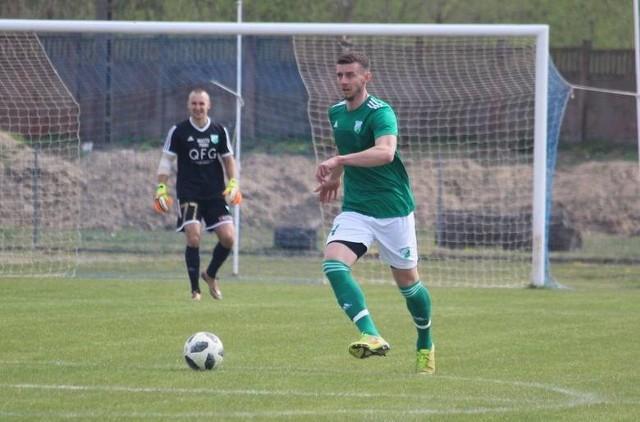 Cezary Zieliński w nowym sezonie 2020/2021 będzie grał w Szydłowiance Szydłowiec.