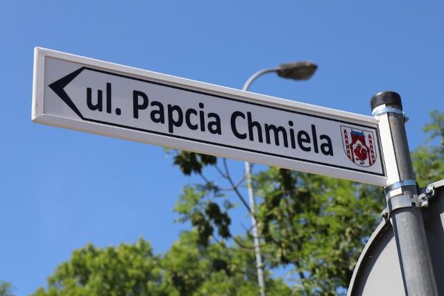W Słubicach jest pierwsza taka w Polsce ulica imienia Papcia Chmiela.