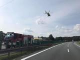 Prokuratura bada sprawę śmiertelnego wypadku na A4. Kierowca i pasażerka wyskoczyli z płonącego auta, w którym były wiezione butle z gazem