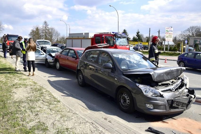 Tarnobrzeg. Pięć osób rannych w wypadku na Wisłostradzie