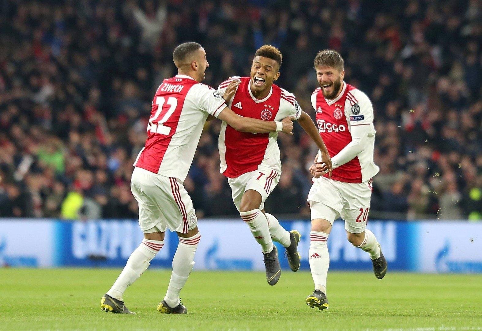bfa749bd1 W grze pozostały Ajax, Barcelona, Liverpool i Tottenham. Kto zagra w  wielkim finale