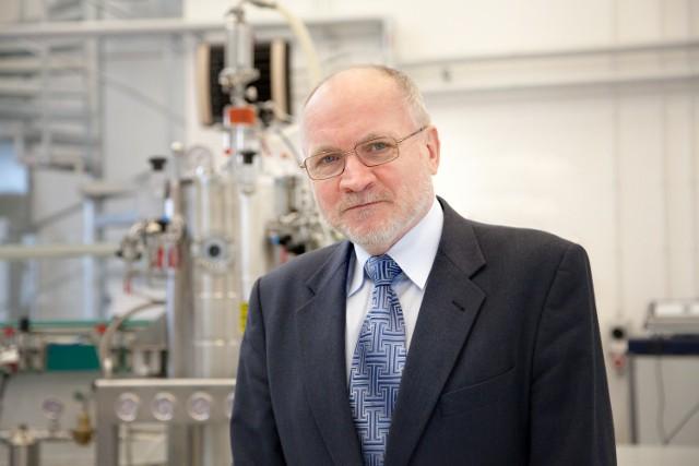 Prof. Jacek Guliński (SMS o treści CZR.20)