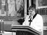"""Ks. Piotr Wowry nie żyje. Miał COVID-19. """"Prawdziwy Pasterz Dusz, zaangażowany i dobry"""". Był proboszczem parafii ewangelickiej w Ustroniu"""