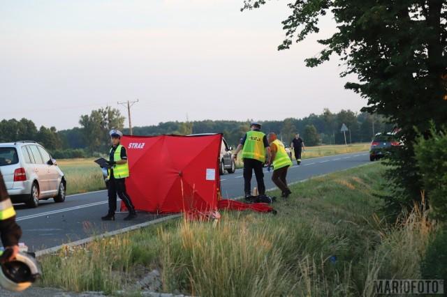 Wypadek w Ligocie Prószkowskiej. Nastoletni motorowerzysta zginął po zderzeniu z volkswagenem