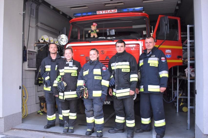 Strażacy z OSP Bór (od lewej): Przemysław Wawrzyński, Małgorzata Krzemień, Dominika Merta, Łukasz Wróbel i Jacek Merta
