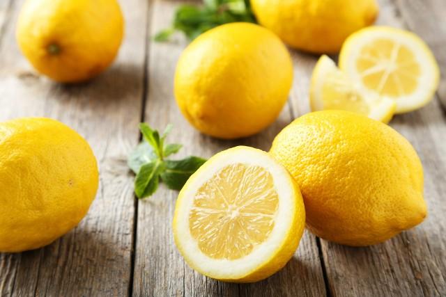 Jakie właściwości mają cytryny i czy są dobrym źródłem witaminy C?
