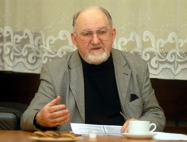 Bogusław Hałuszczak twierdzi, że dodatkowe opłaty za wodę wprowadzono na Jeżycach niezgodnie z prawem