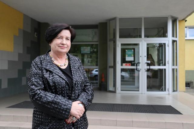Dyrektor IV LO Bożenę Karpowicz cieszy to, że sami uczniowie i absolwenci polecają jej szkołę, bo to - jej zdaniem - najlepsza rekomendacja