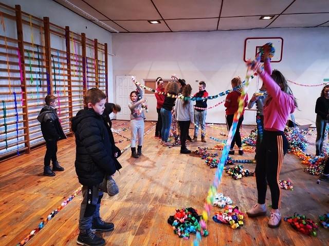 Szkoła Podstawowa w Nowym Kurowie na akcję zaprosiła uczniów, rodziców i nauczycieli