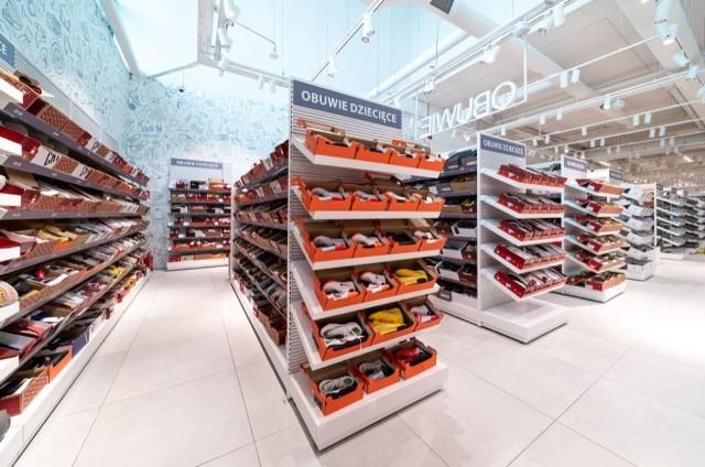 Nowa sieć sklepów HalfPrice otwiera swój salon we Wrocławiu.