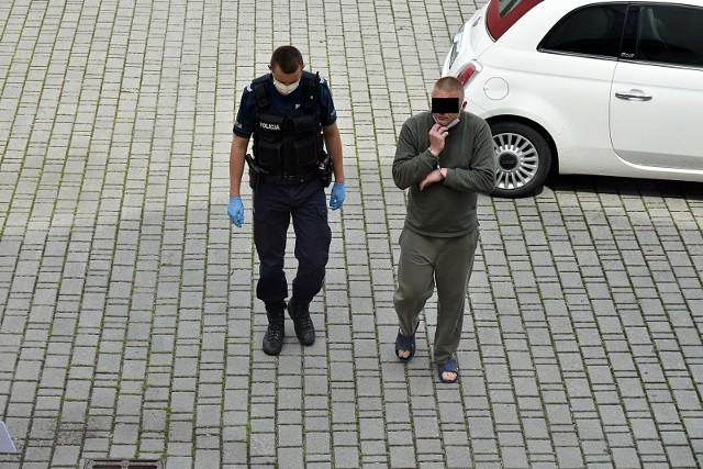 Maciej L. został doprowadzony do sądu w Gorlicach. Sąd przychylił się do wniosku prokuratury i zasądził trzymiesięczny areszt tymczasowy wobec Macieja L.