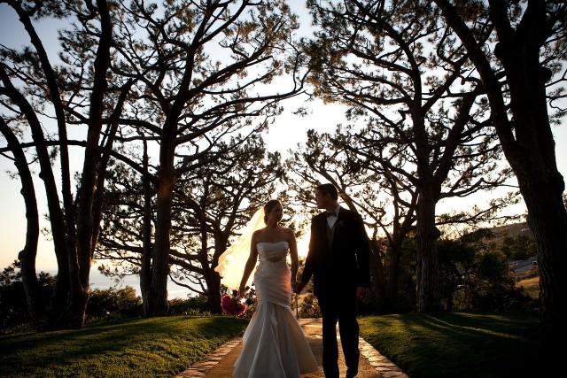 Wiele par przesunęło ceremonie z wiosny. Stwierdziły, że jednak jesienią będzie bezpieczniej i szykują się do ślubu w październiku