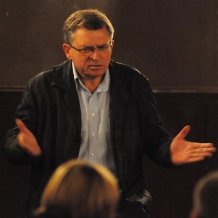 Reżyser Michał Majerski podczas dyskusji z widzami. Jego film można obejrzeć w zielonogórskim kinie Newa jeszcze tylko dziś o 18.00.