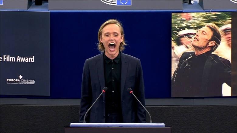 Krzyk Bartosza Bieleni w Parlamencie Europejskim. Białostoczanin okazał wsparcie Białorusi