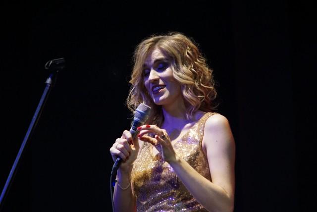 Maria Antkowiak przestawiła tego wieczoru wiele ciekawych interpreteacji pieśni i arii